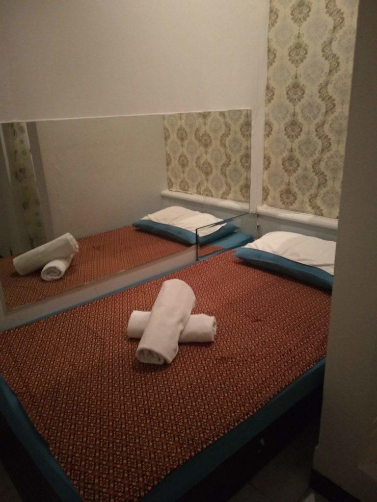 Cherry Massage Room